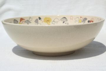 vintage Franciscan pottery big salad bowl, Woodlore retro mushrooms border