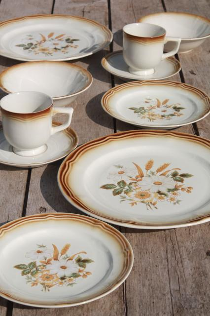 vintage Japan stoneware pottery dinnerware set for 2 Country Melody retro daisies & vintage china dishes and dinnerware