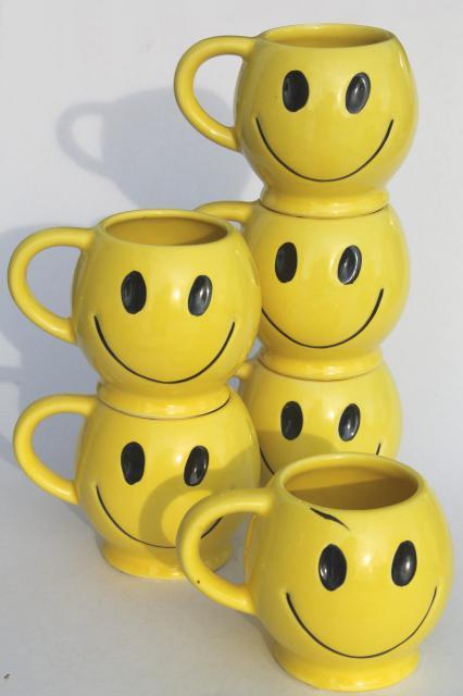 Vintage Mccoy Pottery Mugs 70s Retro Yellow Smiley Face Ceramic