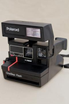 vintage One Step flash Polaroid camera, UK made model 600 w/ red stripe