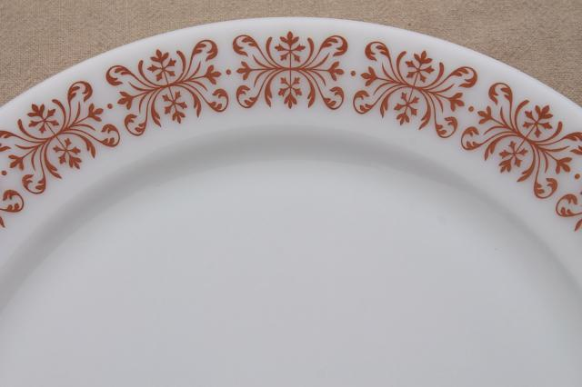 vintage Pyrex copper filigree pattern dinner plates retro milk glass dishes & vintage Pyrex copper filigree pattern dinner plates retro milk ...
