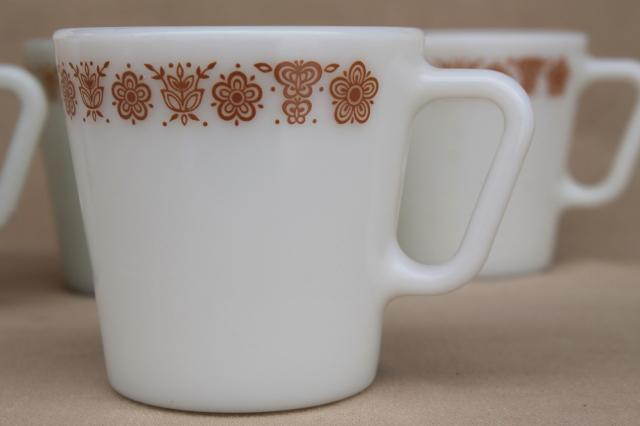 Vintage Pyrex Heavy Milk Gl Coffee Cups Corelle Erfly Gold Mugs