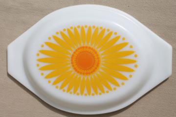 vintage Pyrex milk glass lid, oval casserole cover w/ yellow sunflower daisy pattern