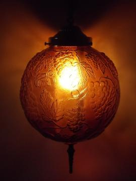 Vintage amber glass swag lamp, swag chain hanging light w/ glass globe