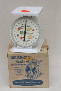 Vintage American Family kitchen scale w/ great graphics, 25 lb platform scale