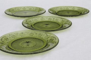 vintage avocado green Indiana glass daisy pattern salad plates set of four