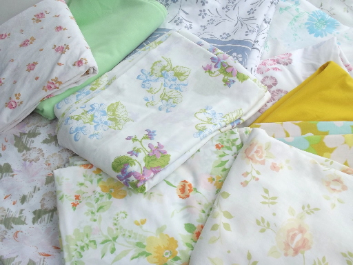 Vintage bed sheets lot, 60s 70s 80s flower print fabric  in retro colors