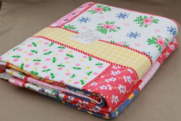 Vintage blanket w/ patchwork quilt print, polyester blanket w/ original label