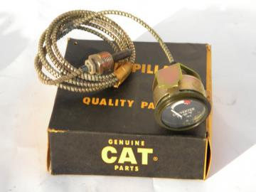 Vintage Caterpillar tractor engine replacement part 2R1361 temp gauge&sensor