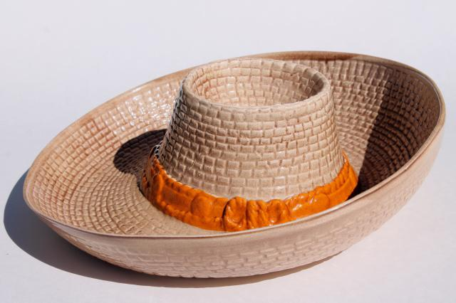 Vintage Ceramic Chip Dip Bowl Cowboy Hat For Corn Chips Salsa Nachos