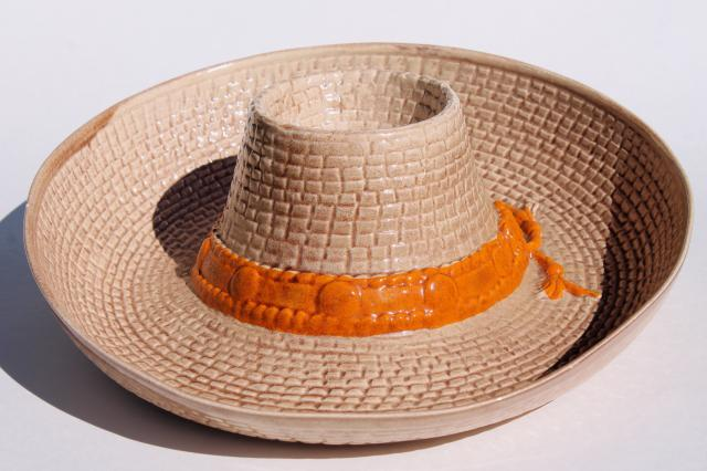 vintage ceramic chip & dip bowl - cowboy hat for corn chips & salsa, nachos