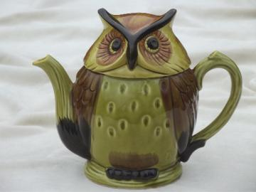 Vintage ceramic Owl teapot, foil label Lego - Japan hand-painted china
