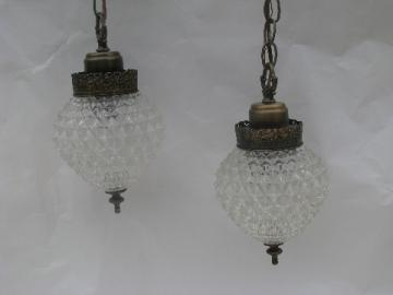 Vintage double light swag lamp, ornate diamond glass globe shades