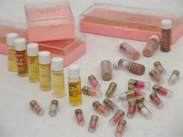 Vintage Edith Rehnborg cosmetic & perfume samples in pink plastic makeup boxes