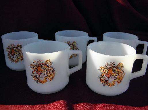 Vintage Fire-King tigers coffee cups, old Esso tiger ...