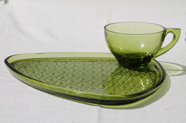 vintage green glass snack sets, daisy & button triangle plates & tea ...