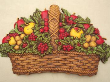 Vintage Homco fruit basket plaque, wall art for 70s retro kitchen