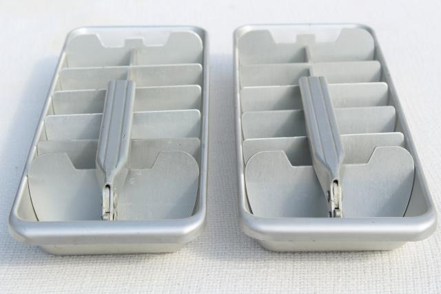 vintage ice cube trays, aluminum metal pull handle release lever ice slice