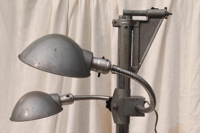 Genial Vintage Industrial Lighting, Adjustable Gooseneck Work Lights W / Helmet  Shades