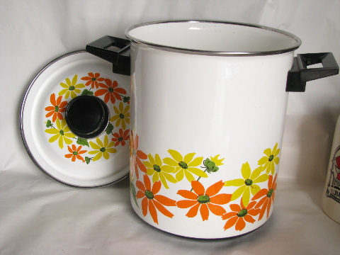Vintage Italian cookware, steamer / stockpot w/ retro mod orange & yellow flowers