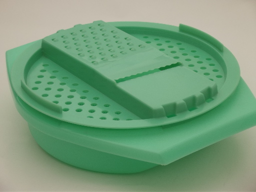 Vintage jadite green Tupperware grater bowl, very nice