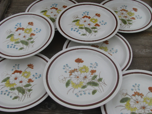 vintage japan stoneware pottery plates early summer retro flowers - Stoneware Dishes