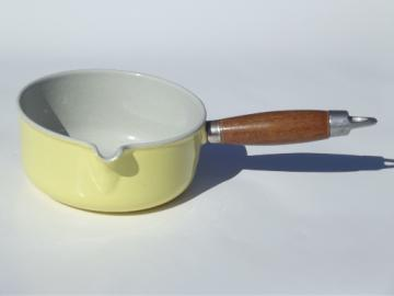 Vintage Le Creuset light yellow enamel cast iron sauce pan small pot