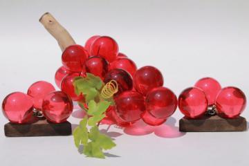 vintage lucite grapes, red pink cranberry juice color lucite plastic, 60s 70s mod