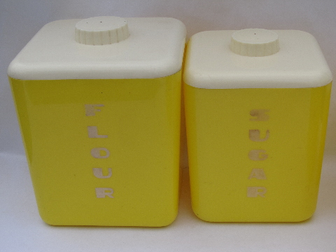 Vintage Lustro Ware kitchen canisters set, 50s yellow / white plastic