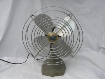 Vintage machine age Manning-Bowman No 41 fan for desk, table or wall