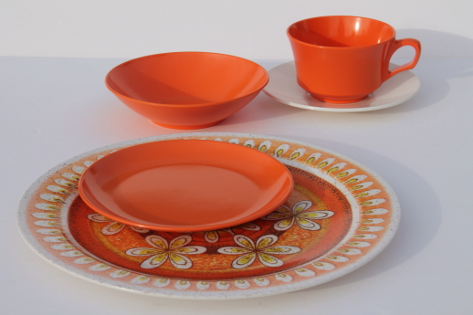 Vintage Melmac Dinnerware Set 60s Retro Tangerine Orange & Vintage Melamine Dinnerware Sets - Castrophotos