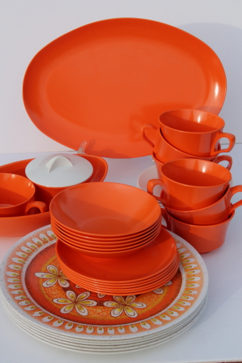 Vintage melmac dinnerware set 60s retro tangerine orange u0026 gold sunburst print melamine & Vintage melmac dinnerware set 60s retro tangerine orange u0026 gold ...