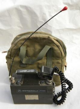 Vintage Motorola Handie-Talkie PT-300 lunchbox walkie-talkie radio