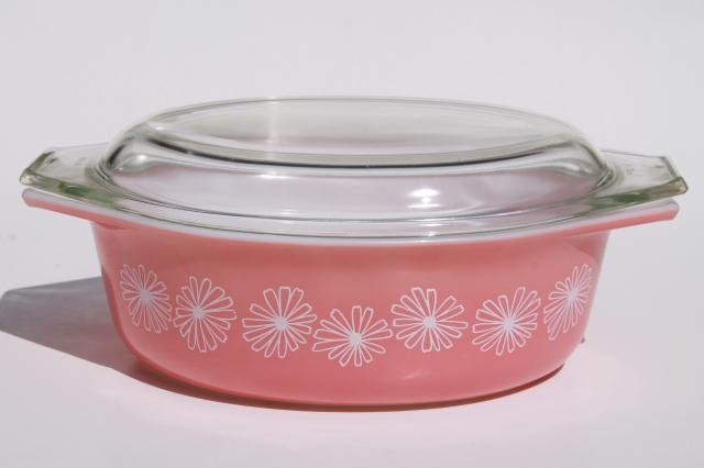 Vintage Pink Daisy Pyrex Oval Casserole 043 1 1 2 Qt