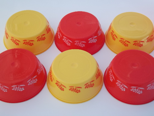 Vintage Plastic Margarine Tub Bowls Red Amp Yellow Gold