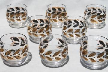 Vintage roly poly drinking glasses, mod round tumblers w/ gold laurel