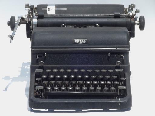 "Royal epoch portable manual typewriter by ""royal consumer."