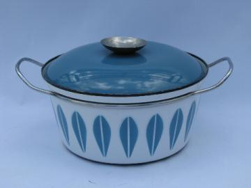 Vintage Scandinavian modern Cathrine Holm enamelware, enamel stock pot