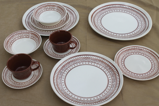 Vintage Sears Ranchero pattern dinnerware set for two with cattle brands border print - these look like ... & Vintage Sears Ranchero pattern dinnerware set for two with cattle ...