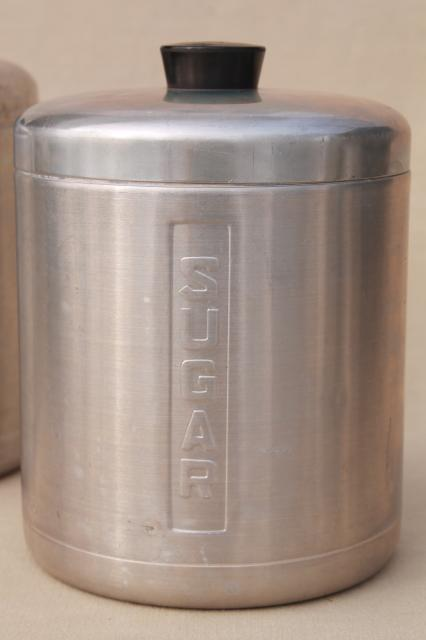 Vintage spun aluminum canisters mid century retro kitchen for Kitchen set aluminium modern
