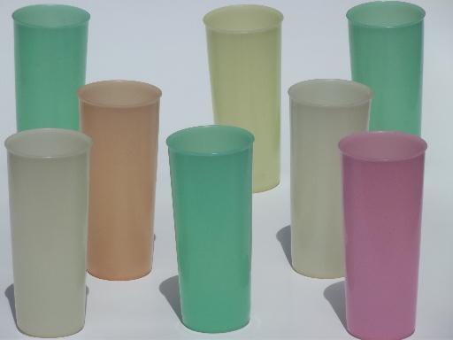 plastic vintage drinking glasses Javascript not