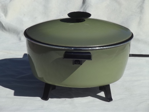 Vintage West Bend Country Kettle Electric Cooker Retro