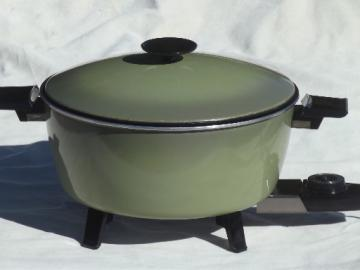 Vintage West Bend country kettle electric cooker, retro avocado green!