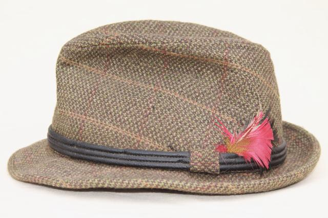 Northern Business Products besides Bamboo Sofas together with See Inside The New Paris France Temple likewise Vintage Wool Tweed Mens Fedora Hats Stingy Brim Fedoras Tweedy Country Hat 1stopretroshop Z1279 additionally Nube High Table. on furniture for two