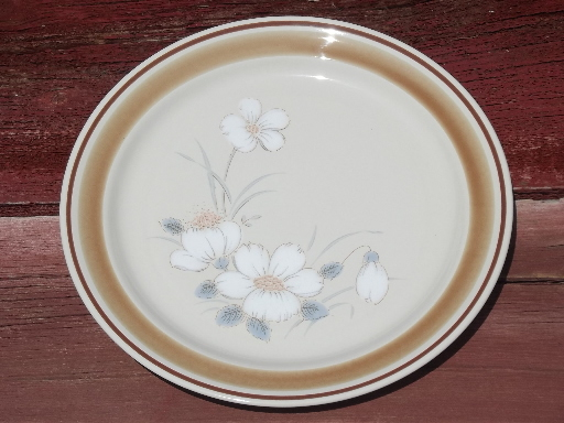 Watercolors Stoneware Dishes Set For 6 Retro Hearthside