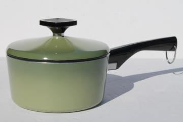 West Bend Country Inn retro green sauce pan 1 qt pot w/ lid, teflon lined