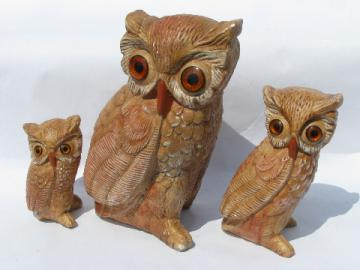 Wide-eyed big eye wise old owl family, 70s vintage chalkware owls