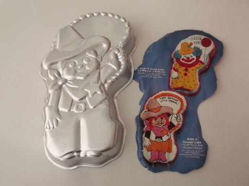 Wilton cake pans lot - Garfield, Bugs Bunny, cowboy, kitten never used